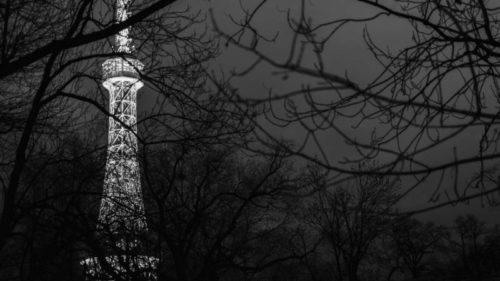 V rámci Hodiny Země v sobotu zhasne i rozhledna na Petříně.