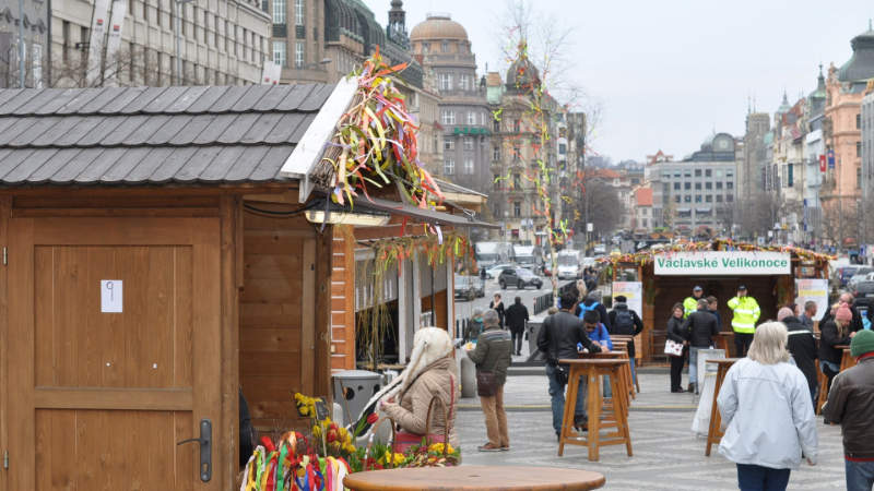 Velikonoční trhy na Václavském náměstí.