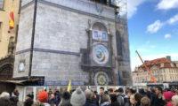 Virtuální orloj na věži Staroměstské radnice.