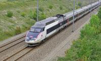 Například vlaky TGV ve Francii jezdí 300km rychlostí už od 80. let minulého století.