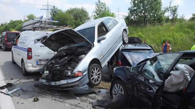 Dopravní nehodu jako zázrakem všichni přežili.