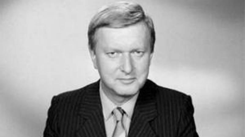 Miloš Frýba jako programový hlasatel.