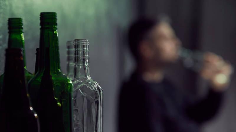 Alkohol představuje problém pro více než milion Čechů.