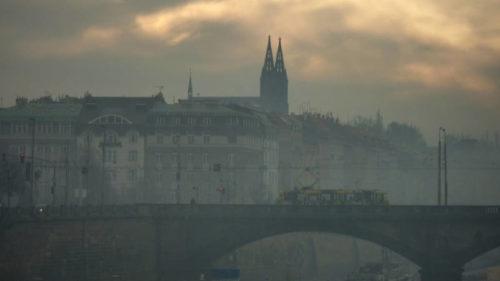 Smog se v Praze vyskytuje obvykle v únoru a březnu.