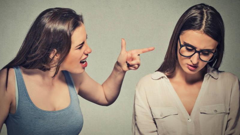 S určitým typem lidí bychom měli přátelství raději ukončit.