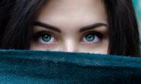 Oči jsou oknem do duše i těla.