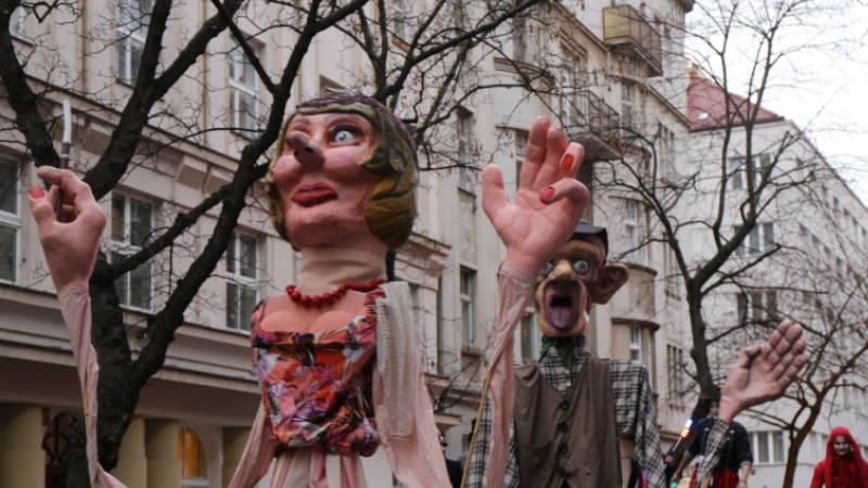 Rej masek na Praze 3 patří mezi každoroční tradice.
